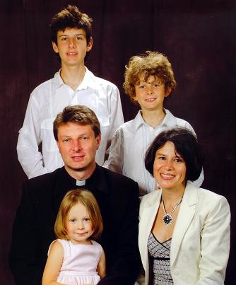 Fr. Gregory Młudzik and family